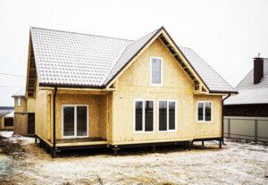 выгодно ли построить дом из СИП-панелей
