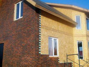 Какое оформление фасада выбрать для СИП-дома